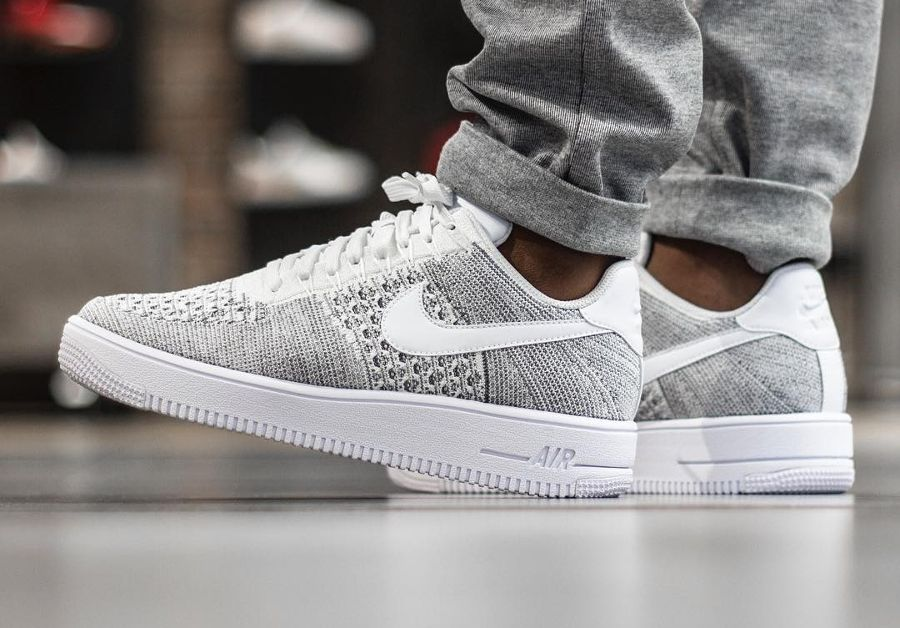 air force 1 homme blanche et rouge