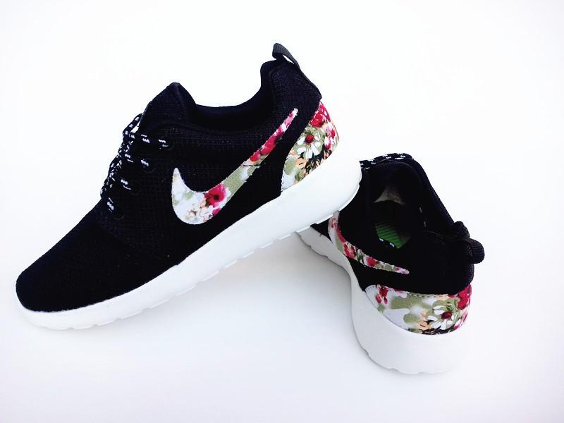 air huarache femme argente et blanche,Nike Air Huarache